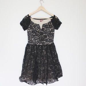 Modcloth Chi Chi London black lace dress US8